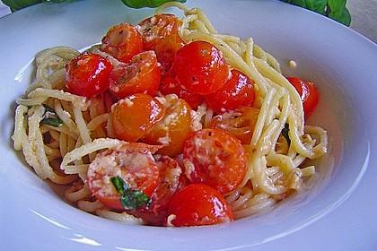 Spaghetti mit Cocktailtomaten 34
