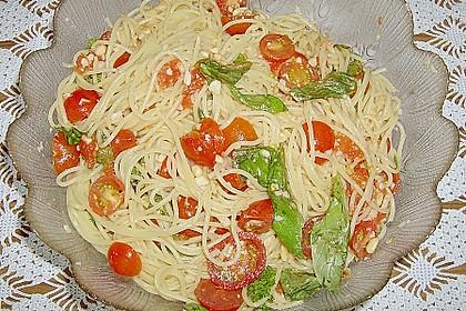 Spaghetti mit Cocktailtomaten 39