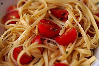 Spaghetti mit Cocktailtomaten 7