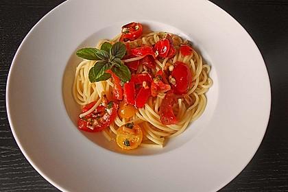 Spaghetti mit Cocktailtomaten 8