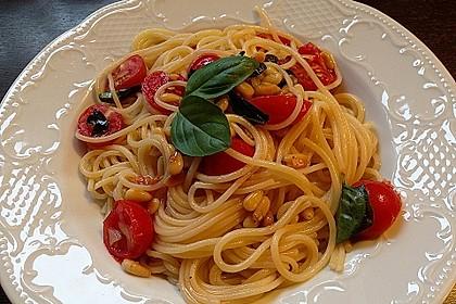 Spaghetti mit Cocktailtomaten 5