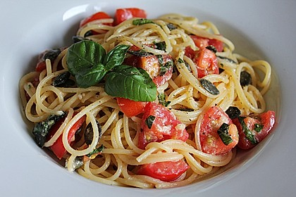 Spaghetti mit Cocktailtomaten