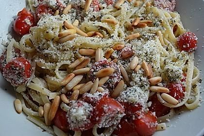 Spaghetti mit Cocktailtomaten 10