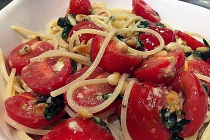 Spaghetti mit Cocktailtomaten 16