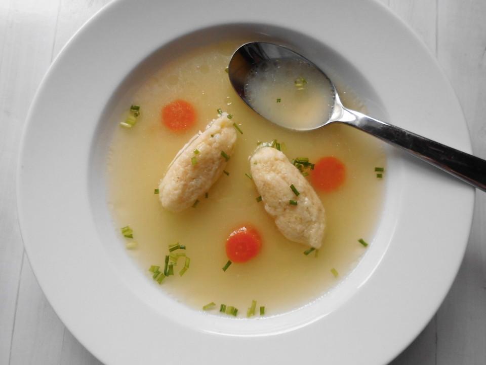 Grießklöße für Suppen