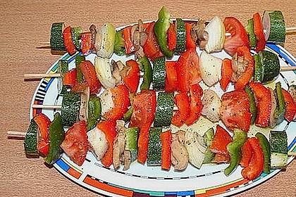 Mariniertes Steak mit Grillkartoffel und Gemüsespieß 9