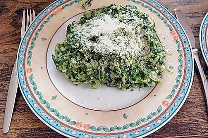 Risotto mit Spinat und Gorgonzola 38