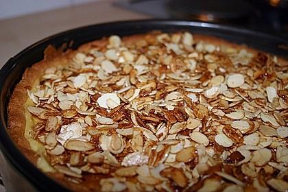 Bratapfelkuchen mit Zimt - Marzipan 24