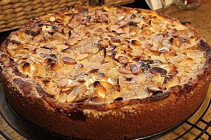 Bratapfelkuchen mit Zimt - Marzipan 10
