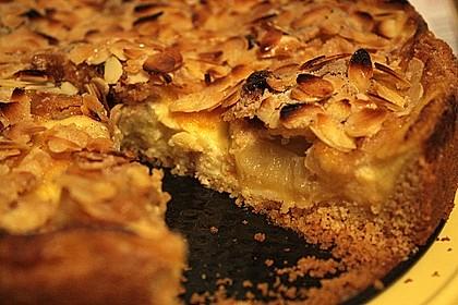 Bratapfelkuchen mit Zimt - Marzipan 23