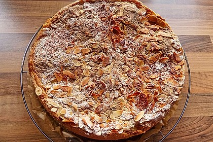 Bratapfelkuchen mit Zimt - Marzipan 12