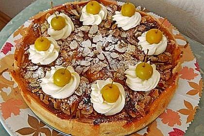Bratapfelkuchen mit Zimt - Marzipan 7
