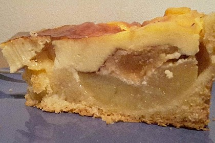 Bratapfelkuchen mit Zimt - Marzipan 11
