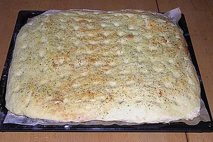Kartoffelbrot vom Blech 81