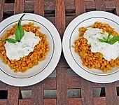 Rote Linsen mit Minzjoghurt (Bild)