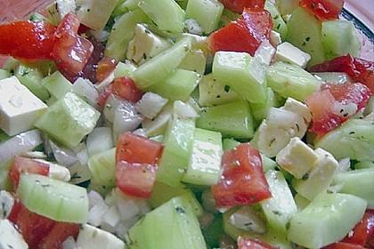Gurken, Tomaten, Feta Salat 16