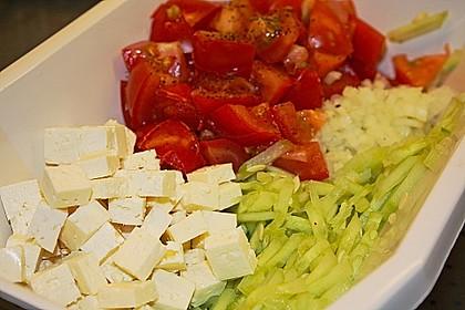Gurken, Tomaten, Feta Salat 21
