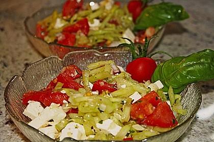 Gurken, Tomaten, Feta Salat 4