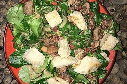 Feldsalat mit Sahne-Speck-Sauce 38