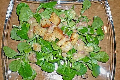 Feldsalat mit Sahne-Speck-Sauce 24
