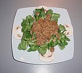 Feldsalat mit Sahne-Speck-Sauce (Bild)