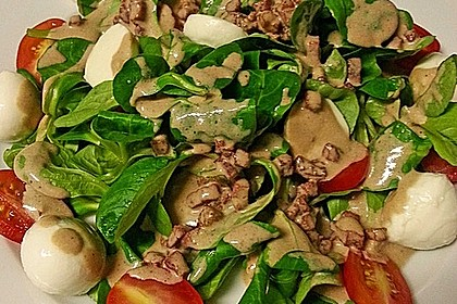 Feldsalat mit Sahne-Speck-Sauce 7
