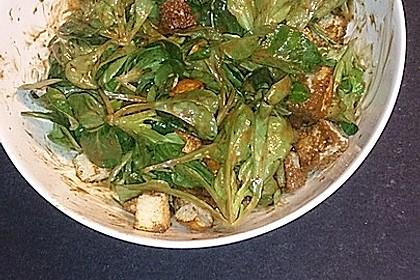Feldsalat mit Sahne-Speck-Sauce 33
