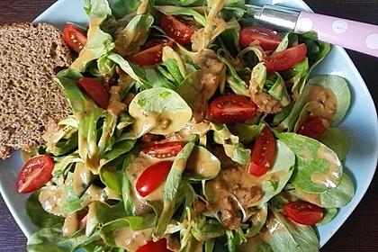 Feldsalat mit Sahne-Speck-Sauce 6