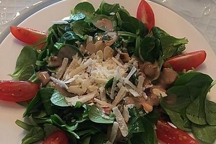 Feldsalat mit Sahne-Speck-Sauce 31