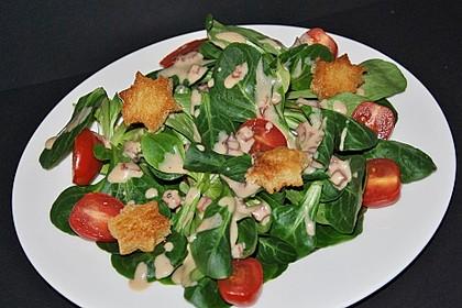 Feldsalat mit Sahne-Speck-Sauce 3