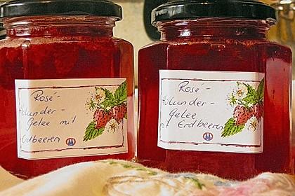 Holunderblüten - Gelee mit Roséwein und Erdbeerstückchen 1