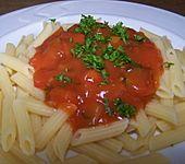 Gemüsesoße mit Zucchini, Paprika und Tomate