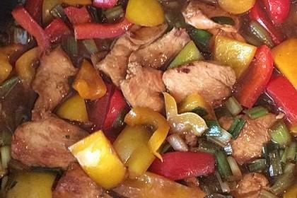 Hühnerfleisch mit Paprika in Hoisin - Sauce von cyrano ...