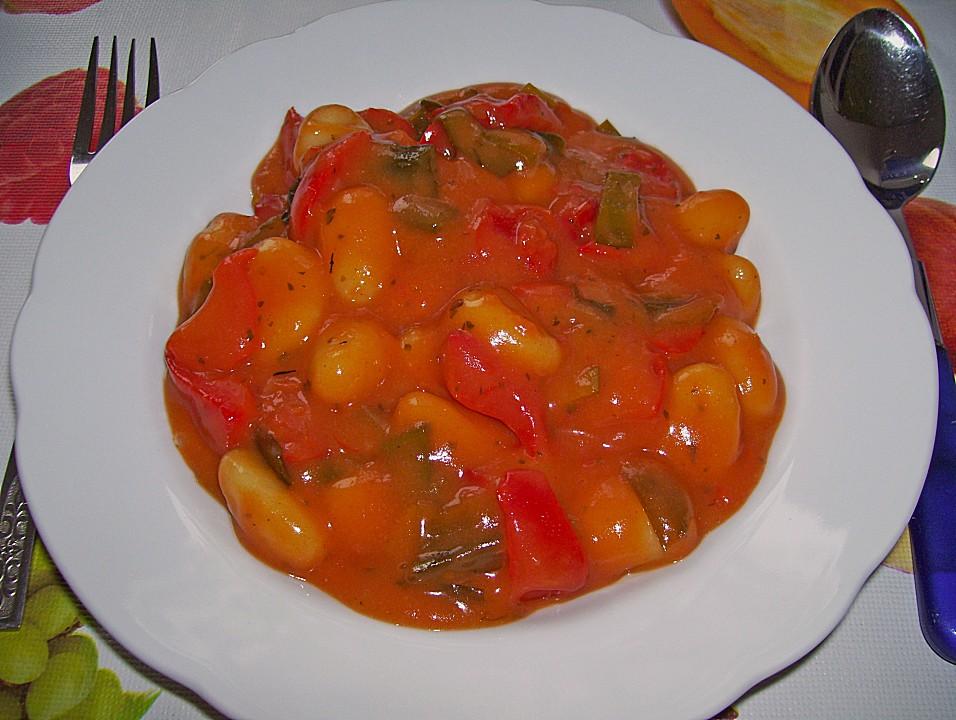 gnocchi mit tomaten paprika gem se rezept mit bild. Black Bedroom Furniture Sets. Home Design Ideas