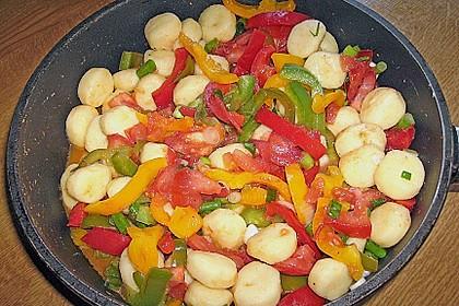 Gnocchi mit Tomaten - Paprika - Gemüse 3