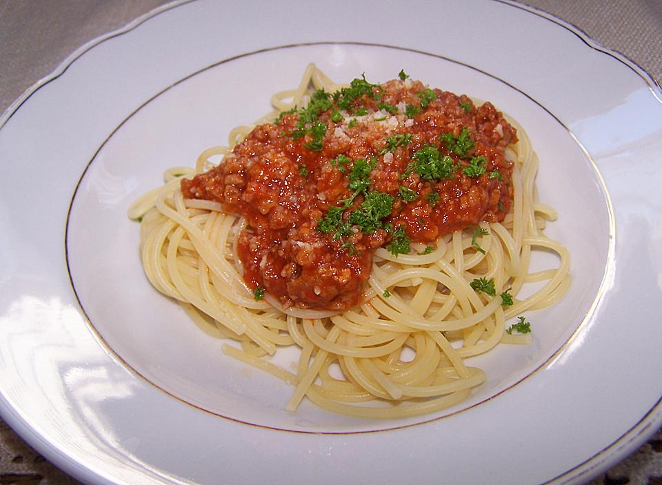 spagetti bolognese rezept. Black Bedroom Furniture Sets. Home Design Ideas