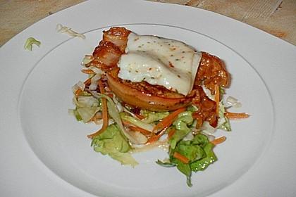 Gudruns Apfel - Speck - Ziegenkäse Türmchen mit Honig und Thymian 56