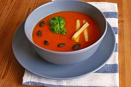 Apfel - Paprika - Suppe
