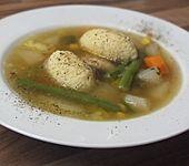 Bohnen-Gemüseeintopf mit Grießklößchen (Bild)