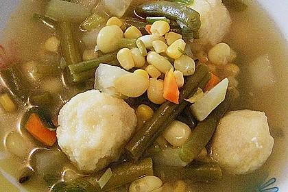 Bohnen-Gemüseeintopf mit Grießklößchen 4