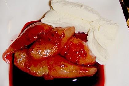 Birnen in Rotwein an Vanilleeis 26