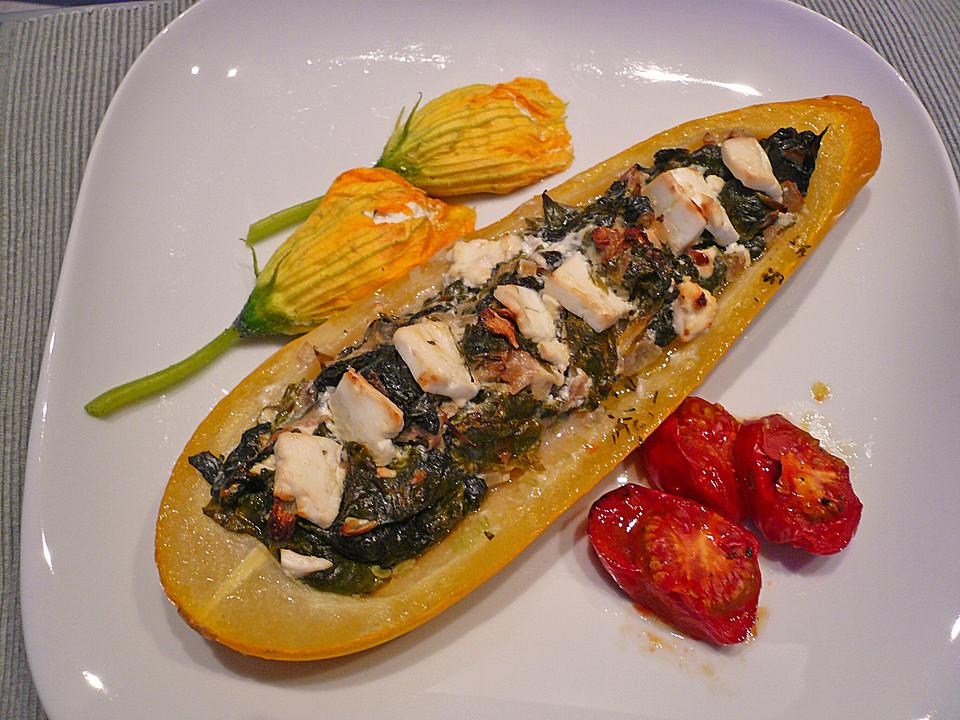 zucchini mit ziegenk se spinat f llung rezept mit bild. Black Bedroom Furniture Sets. Home Design Ideas