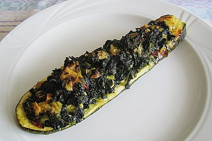 Zucchini mit Ziegenkäse - Spinat - Füllung 1