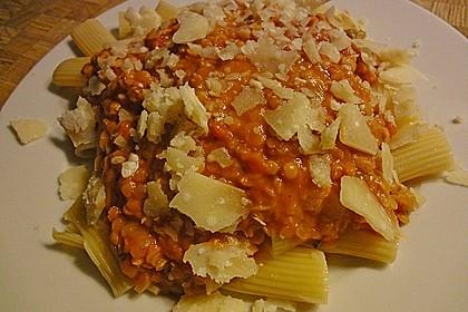 Linsenbolognese mit Pasta und Frühlingszwiebeln 22