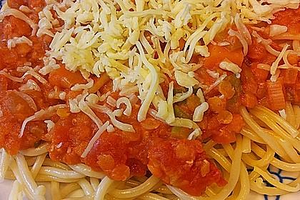 Linsenbolognese mit Pasta und Frühlingszwiebeln 7