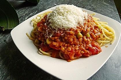 Linsenbolognese mit Pasta und Frühlingszwiebeln 2