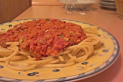 Linsenbolognese mit Pasta und Frühlingszwiebeln 23