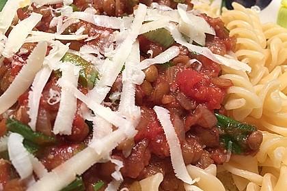 Linsenbolognese mit Pasta und Frühlingszwiebeln 18
