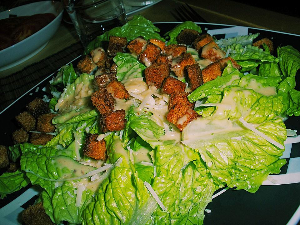 caesar salad rezept mit bild von misshobbit. Black Bedroom Furniture Sets. Home Design Ideas