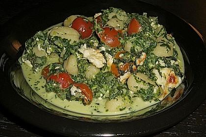 Gnocchiauflauf mit Spinat und Cherrytomaten 30